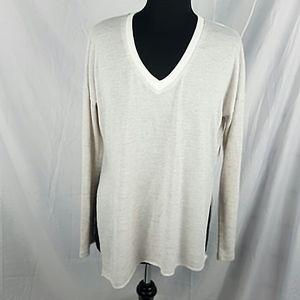 Aritzia Wilfred Sherbrooke V Neck Sweater